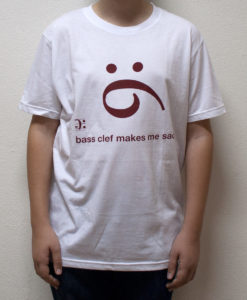 t-shirt-bass-clef-white